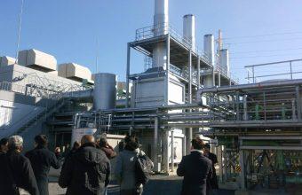 パーム油発電施設に来ています。のイメージ